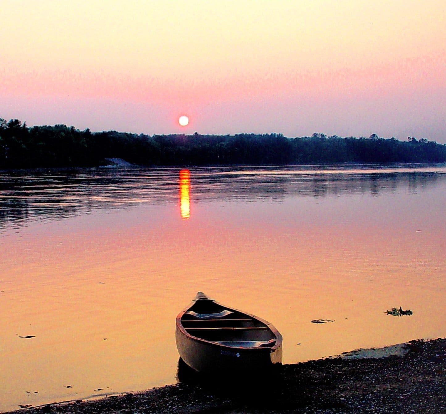 Boat in sunset Slack Tide